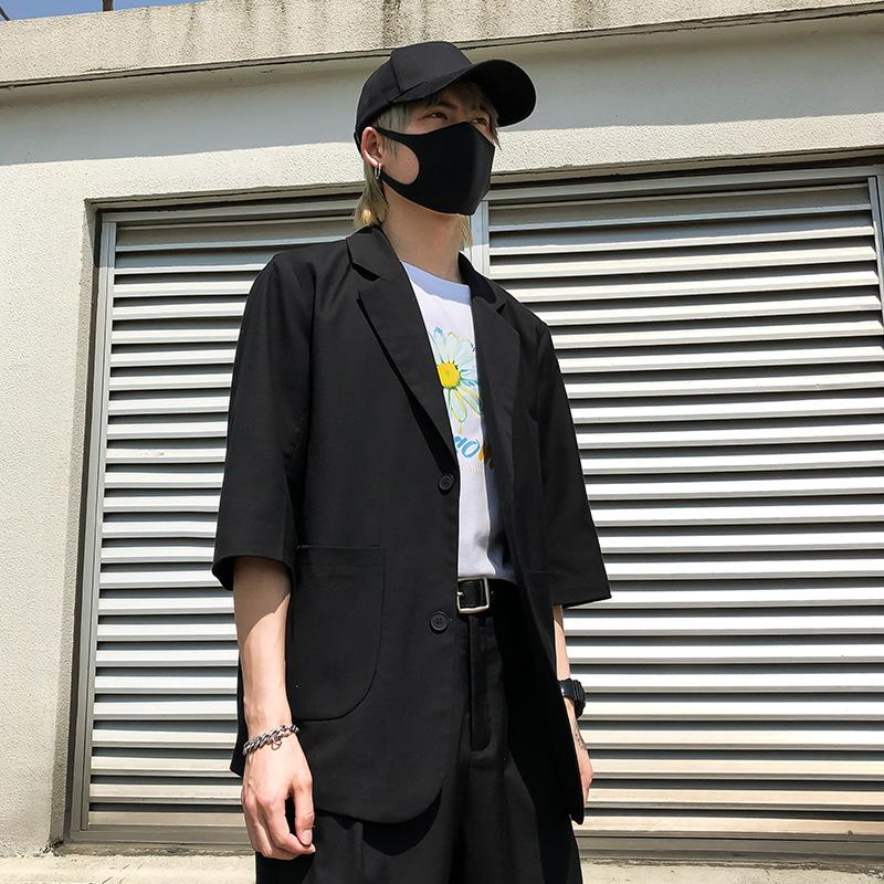 Мужчины Повседневная Пиджаки Костюм куртка мужчина Женщины Япония Корея Streetwear Ретро мода Сыпучие Половина рукава костюма пальто Верхняя одежда