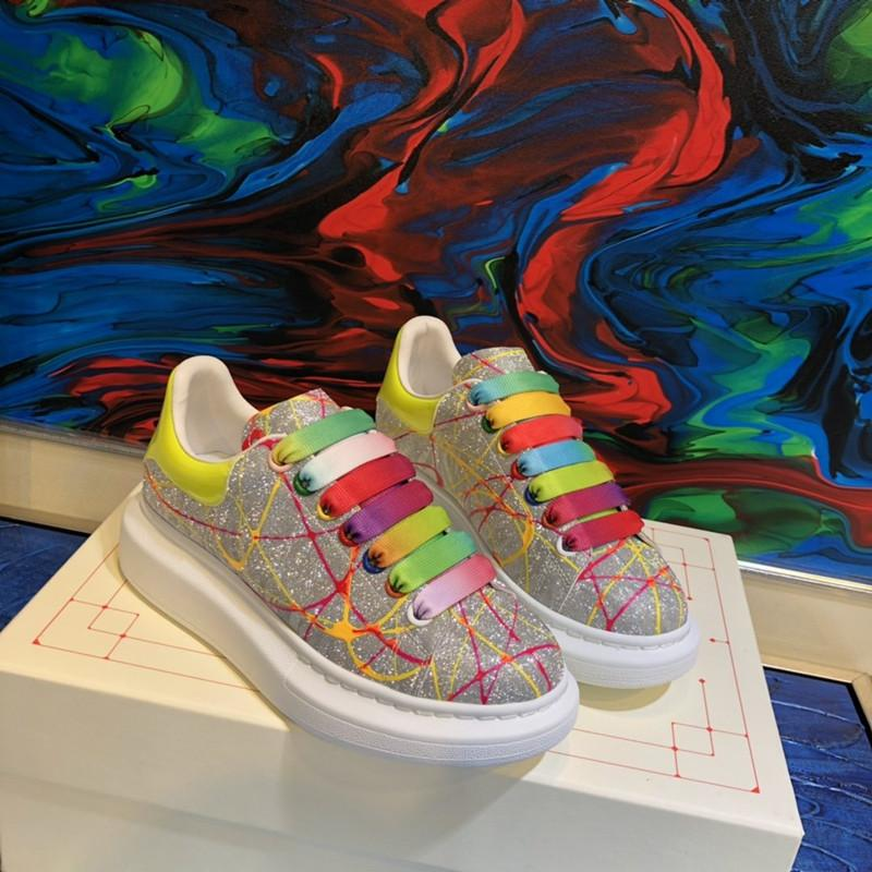 Bay Bayan Unisex Moda Tasarımcısı Ayakkabı Günlük Ayakkabılar Lüks Bayan Gerçek Deri Shinning Kristal Ücretsiz Kargo Renkli Pantshoes Ayakkabı