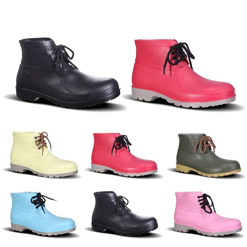 Hot Chaussures Hommes No-Brand Design Bottes de pluie faible coût de main d'assurance Chaussures en acier Toe Cap Noir Jaune Rose Rouge Violet foncé Vert Taille 38-44