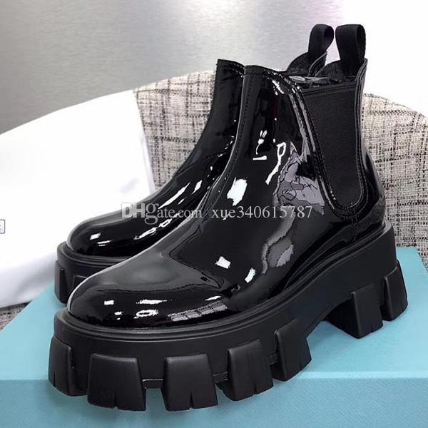 Hot 2019 mulheres designer sapatos dos pés Britânico de Moda Botas Rodada Martin botas de couro de patente grossas de fundo dedos redondos qualidade perfeita Oficial