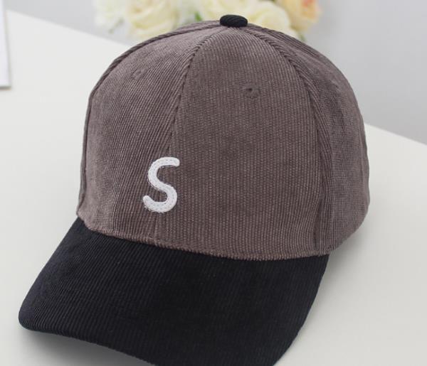 İlkbahar Ve Sonbahar 2019 Yeni Çocuk Boncuklu Beyzbol şapkası Kadife Nakış Harf S Açık Güneş Şapkası