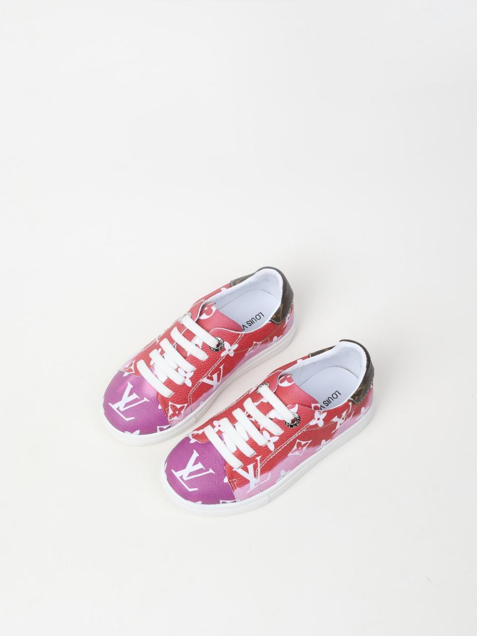 Kind Babyschuhe Brief Entwurf 2020 Herbst neue Art und Weise laufen Sport Trainer rosa Farbe kleines Mädchen Stoff Beleg auf Schuh Kleinkind
