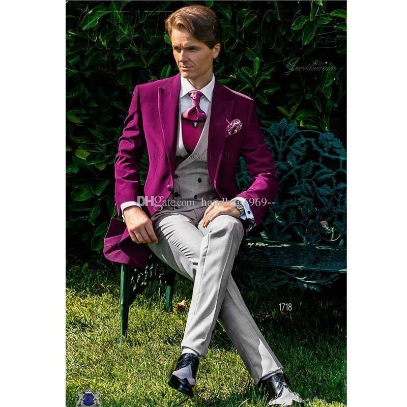 Nuovo design One Button Fucsia Velvet smoking dello sposo picco risvolto Groomsmen abiti uomo da sposa / Prom / Cena Blazer (giacca pantaloni legame maglia) K212