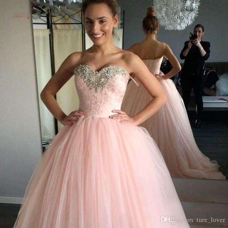 Cristaux de luxe robes de robe de bal rose Quinceanera Tulle Debutante douce 16 robes de bal robes de soirée de 15 robes de soirée