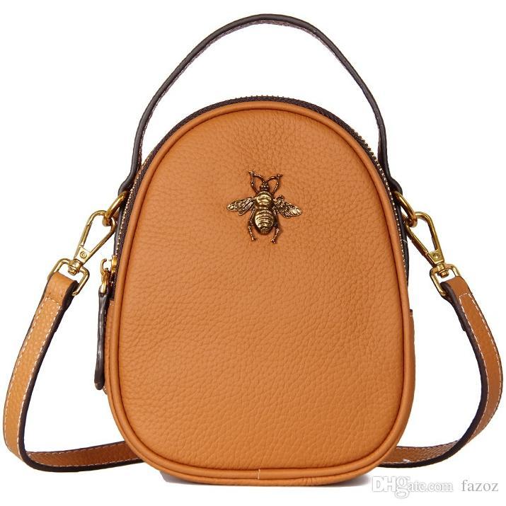 New Style Ladies Fashion Casual Genuine Leather Handbag Mini Square Shoulder Crossbody Bag Small Travel Messenger Bag Mobile Phone Pack