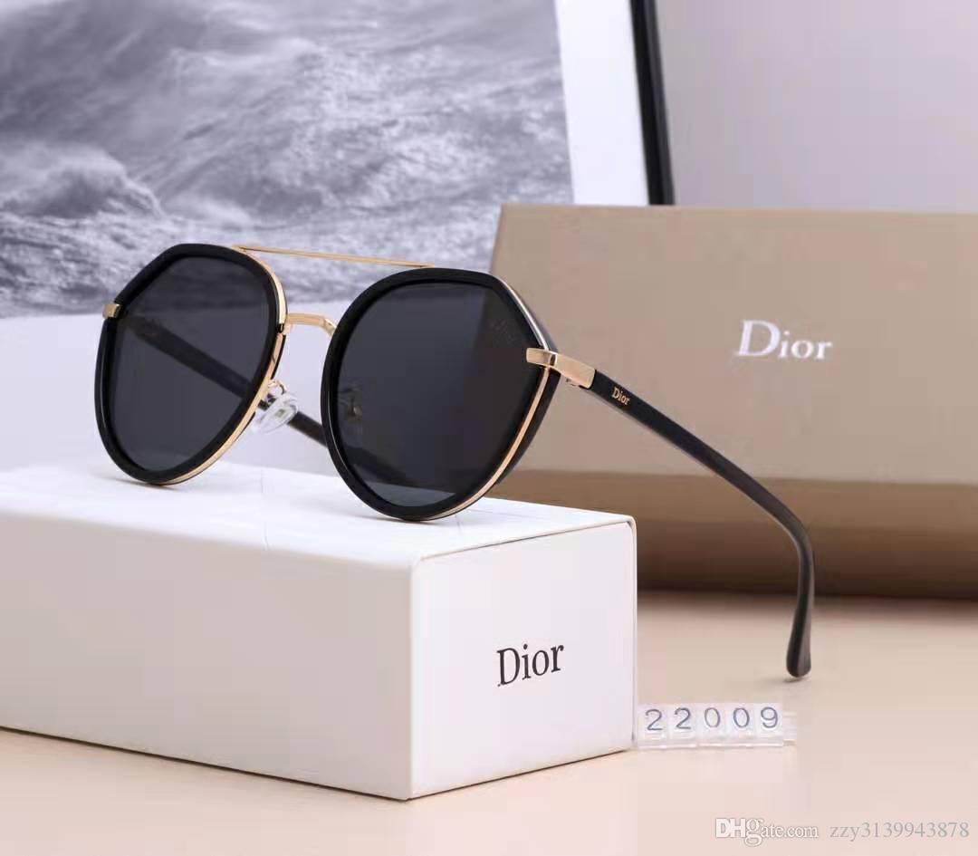 De alta qualidade Marca Designer Moda Masculina Sunglasses UV Protection Outdoor Esporte Mulheres Óculos vintage Óculos Retro Com caixa e casos 121