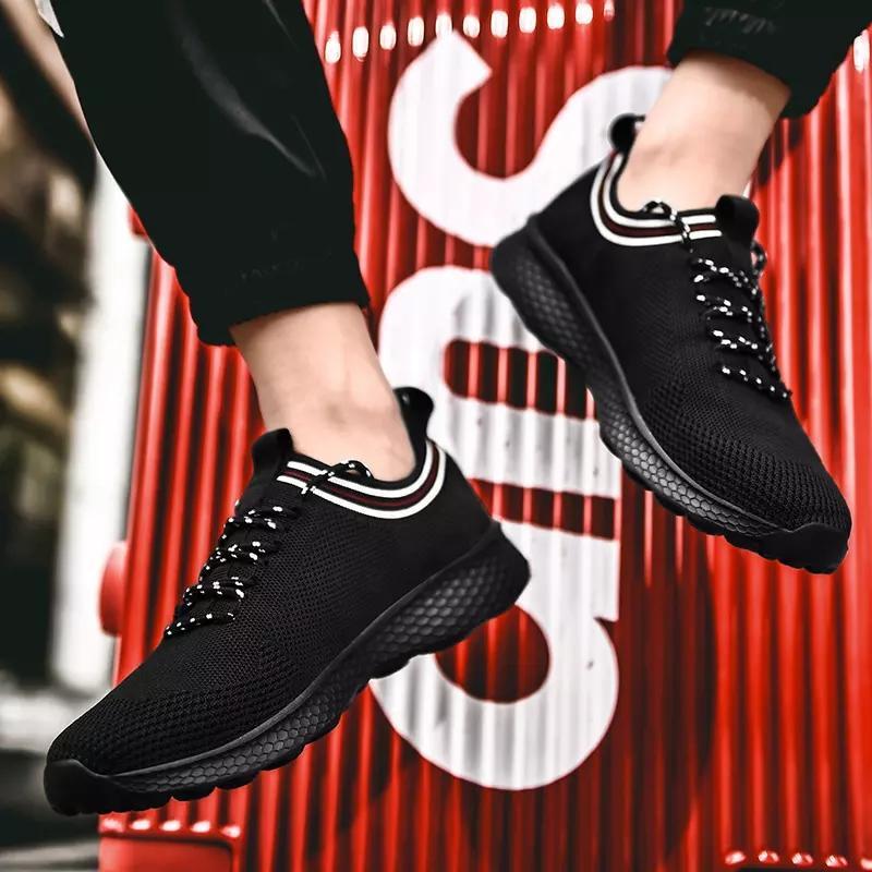 Con Uomo Donna calzini di vendita di modo scarpe scarpe casual bianco nero grigio blu traspirante Sport Sneakers Mens Formatori traspirante corsa
