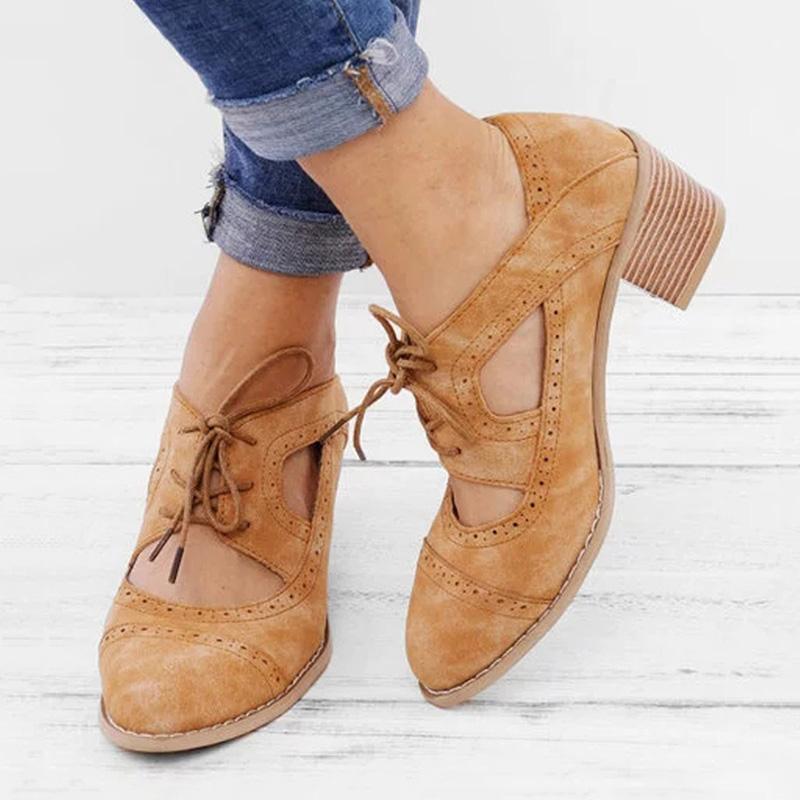 Artı Boyutu Kadın Sandalet Moda Yüksek Topuklu Kadın Ayakkabı Hollow Düşük Topuk Ayakkabı Kadın Sandalie Konfor Bayanlar Deri