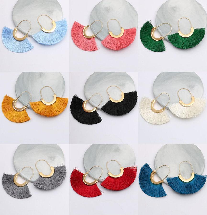 20 mujeres de los colores de Bohemia Boho de la borla larga gota de gancho Pendiente Pendiente regalo creativo gota para el oído chapado en oro en forma de U franja de la borla cuelga del hilo