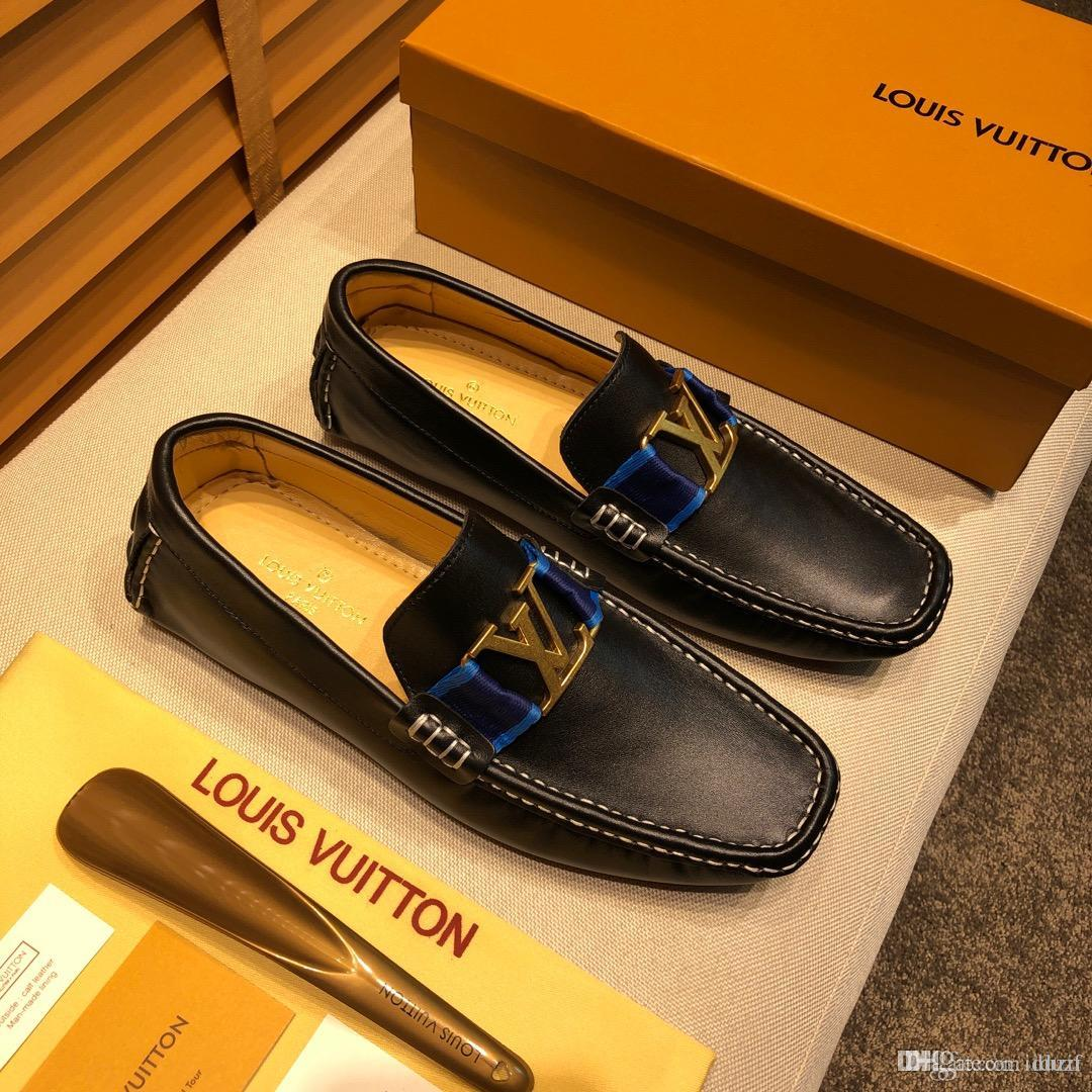Barato 24 modelos Luxury Designer Metal Tip Loafers Party zapatos de boda blancos para hombre guapo cómodos zapatos casuales pisos
