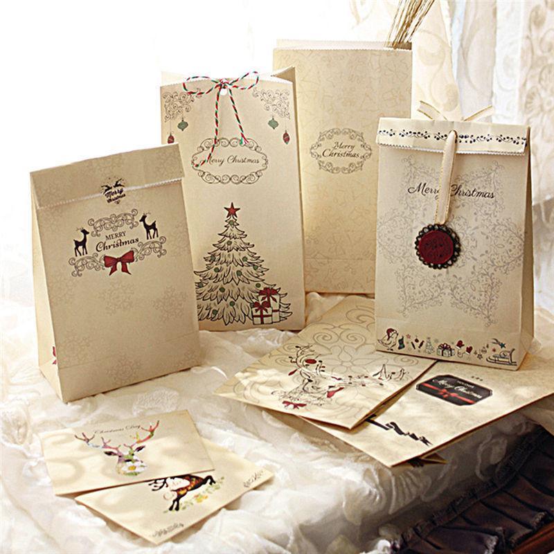 Kraft Paper Christmas Party Cookies presenti sacchetto regalo di lusso Bag 8 Pz regalo di Natale Bag + 1xhemp corda + 12pcs Sticker + 2pcs Pendenti