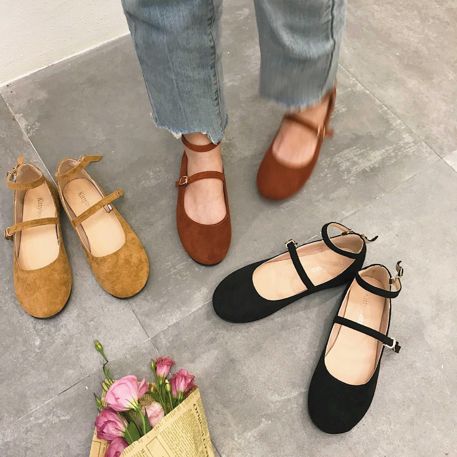 Sıcak Sale-2019 Sonbahar Erken Chic Tek Yuvarlak Ayakkabı Baş Her Iki Satır Toka Sığ Ağız Düz Alt kadın Tekler ayakkabı
