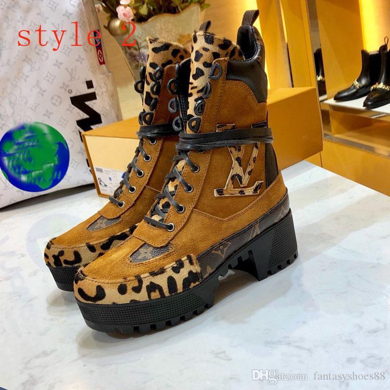 Lauréat du prix Desert Boots et de haute qualité Leopard cheville bottillons en cuir et lourds loisirs semelles dame Martin bottes grande taille 35-42