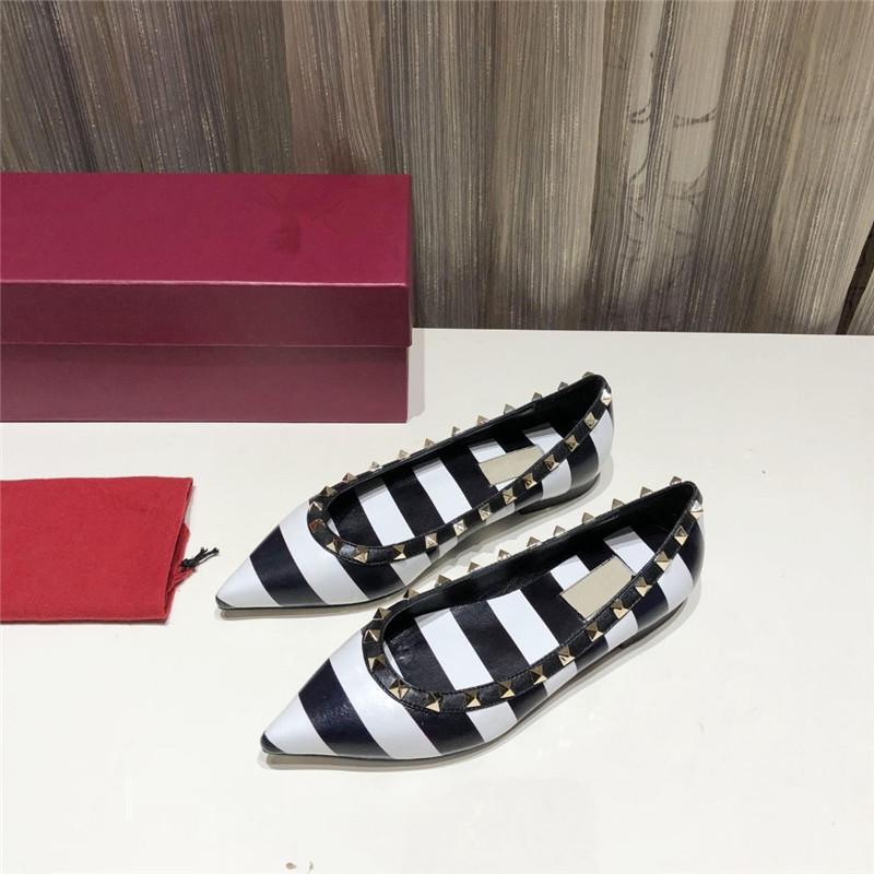 2020 femmes de créateurs de luxe de marque de mode chaussures talons PLATS femmes design de luxe de marque de mode chaussures femmes bande appartements chaussures habillées 42