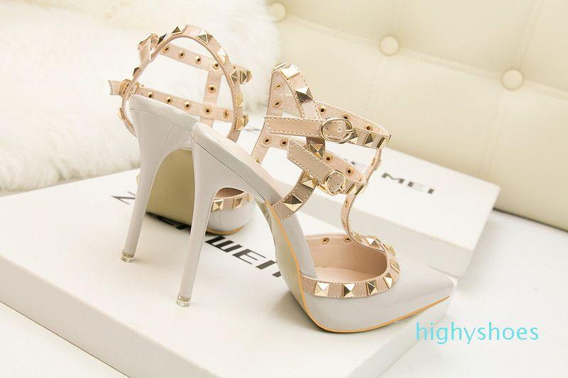 fetiche rojos de tacones altos zapatos de las mujeres del diseñador de patente señoras de cuero zapatos de boda remaches gladiador sandalias atractivas zapatos negros valentín bombas