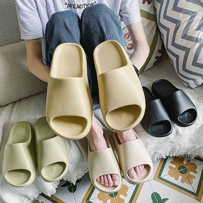 Nueva Kanye zapatas de deslizamiento sandalias del deslizador de resina de arena de desierto de tierra marrón Plataforma verano Sandale Triple Negro blanco del hueso de los hombres con la caja de zapatillas