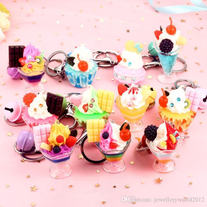 Ciondolo regalo creativo catena portachiavi gelato in PVC alimentare ciondolo regalo inviare colore a caso