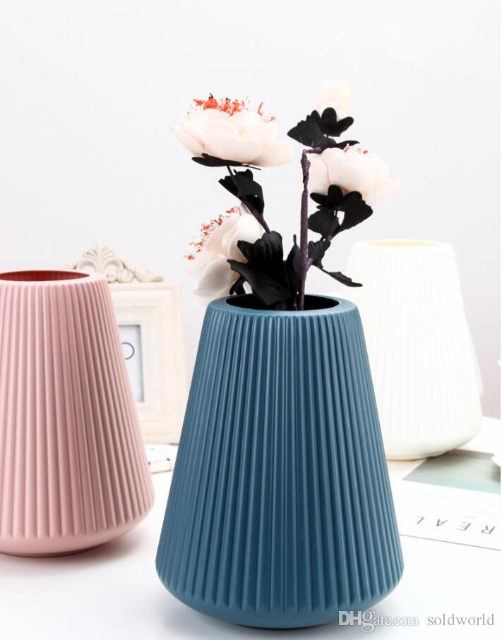 Hot Sale Plastic Vases Carton For Home Decoration Flower Home Decor Vases For Centerprieces Large Round Vases Large Tall Glass Vases From Soldworld 344 73 Dhgate Com