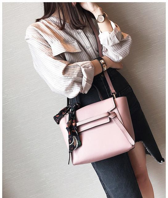 2020 Nouveau Femme Sac Sac à main mode Sac à main de luxe banlieusard écharpe une épaule Messenger Bag