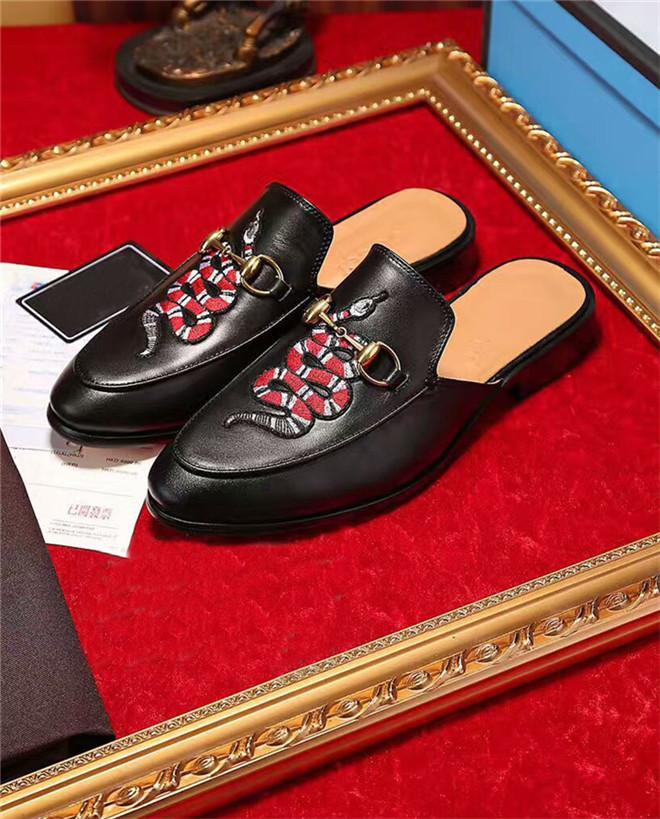 Hot Vente- Mens en cuir de luxe Mocassins Muller Mocassins Chaussures avec boucle pantoufle Tiger Chaussons Avslappnad Mules Flats Chaussures Baskets