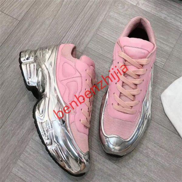 Designer Sneakers Raf Simons Oversized Sneaker Ozweego Shoe men hococal women Luxury designer shoes in Silver Metallic effect Sole Sport