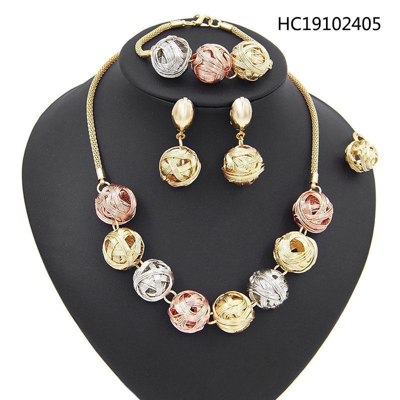 Yulaili Livraison gratuite Ensembles de bijoux de mariage pour les femmes africaines trois couleurs Forme Ronde Collier Boucles d'oreilles Bague Bracelet gros