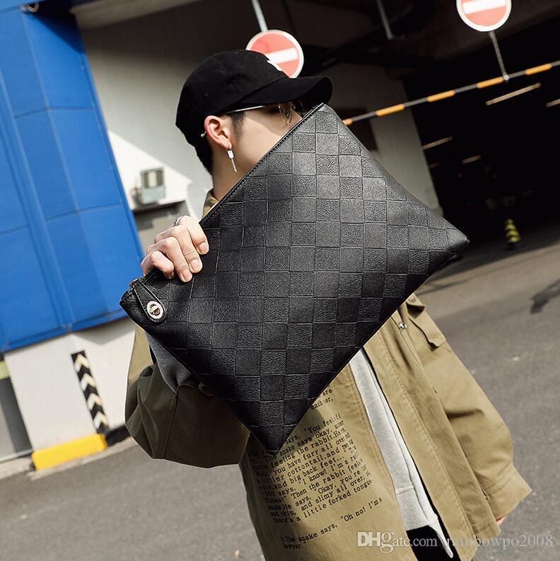 Factory wholesale men handbag new check pattern men shoulder bag retro leather envelope bag large capacity multi card leather messenger bag