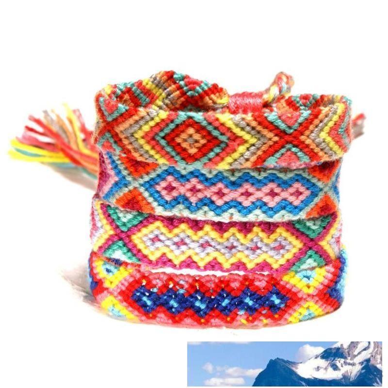 Ragazze arcobaleno amicizia fortunati monili dei braccialetti di alta qualità della Boemia nazionale variopinto di modo Corde di lavoro a maglia Handmade dei braccialetti di fascino