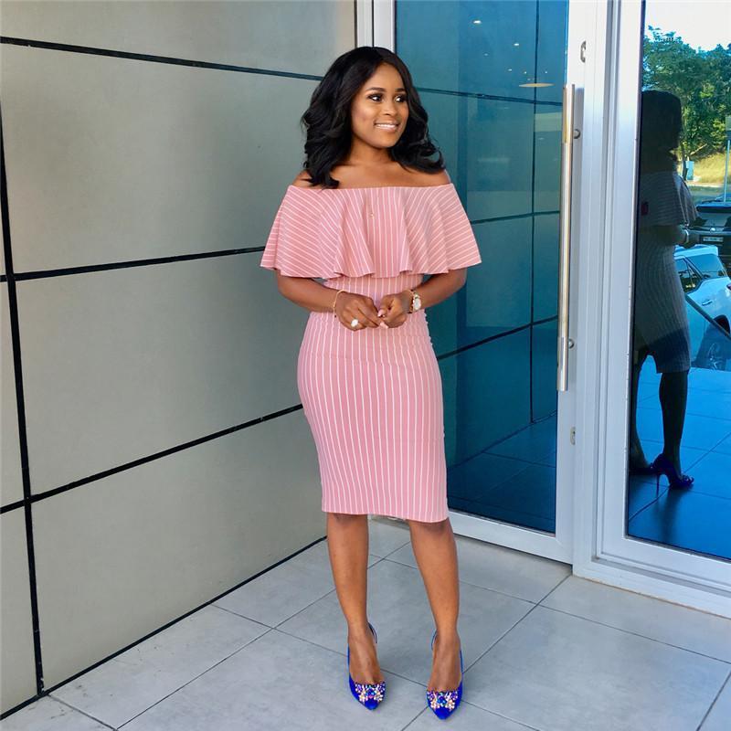 Dress Breve Lady stoffa rosa con strisce bianco Donna Fashion Dress Slash collo Petalo estate del manicotto