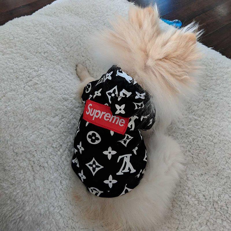 Designer Brand Pet Dog Cat Hoodies Fashion Logo Lovely Teddy Puppy Schnauzer Dog Apparel Fashion Pet Outwear Clothing Dog Supplies