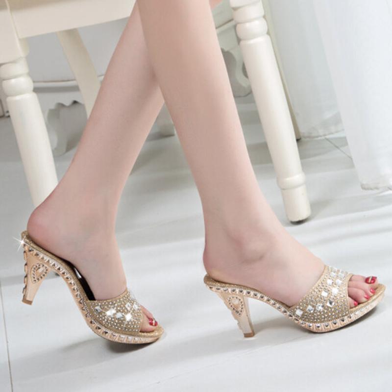 Talones HEE GRAND vestido de las mujeres 2019 Verano Diapositivas de Blingbling sandalias de tacón alto grueso del tamaño del Rhinestone zapatillas 35-39 XWZ2120