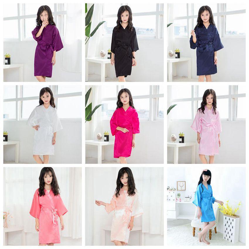Las niñas verano de los niños trajes de niños niñas sólido del satén de seda del kimono del traje niñas Albornoz dormir pijamas noche-traje LJJA3828