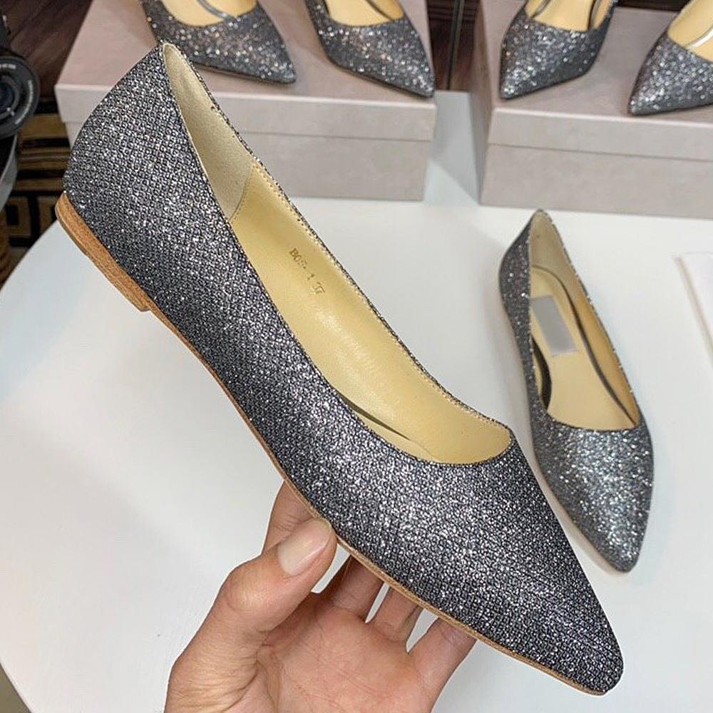 De nouvelles paillettes ont souligné chaussures plates chaussures habillées de fête dame chaussures de mariage princesse femme à talons à plat de haute qualité QWR
