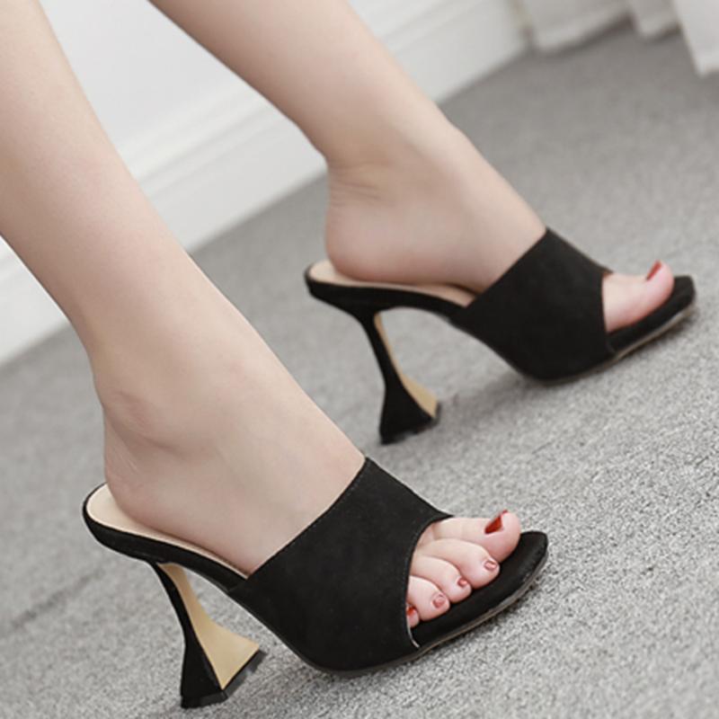 Chinelos Tamanho 35-42 Mulher Verão Quadrado Cabeça Sandálias Serpentinas Moda Vidro de Vinho Mules High Saltos Slipper Shoes