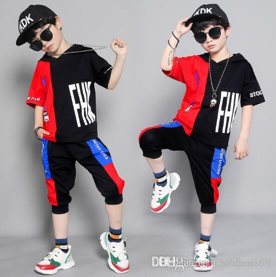 SıCAK SATMAK moda klasik Tarzı Çocuk yeni Erkek Ve Kızlar Için klasik Spor Takım Elbise Bebek Bebek Kısa Kollu Giysiler Çocuklar