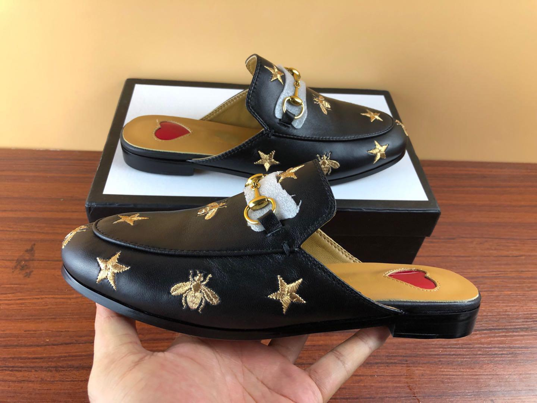 Pantoufle pelle uomini morbide pantofole bovina pigro scarpe da donna dal design di lusso Fibbia in metallo spiaggia pantofole Mules Princetown Classic pantofole S