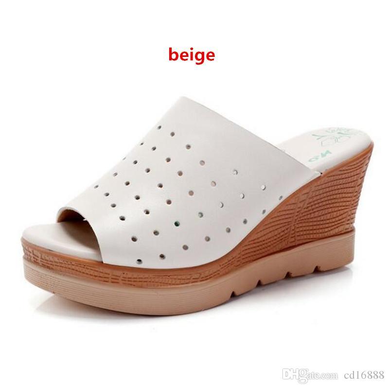 2019 zapatos de las más nuevas mujeres ocasional del verano deslizadores de las sandalias de gran tamaño 33-43 hueco genuino zapatos de cuero pendiente sandalias de tacón alto