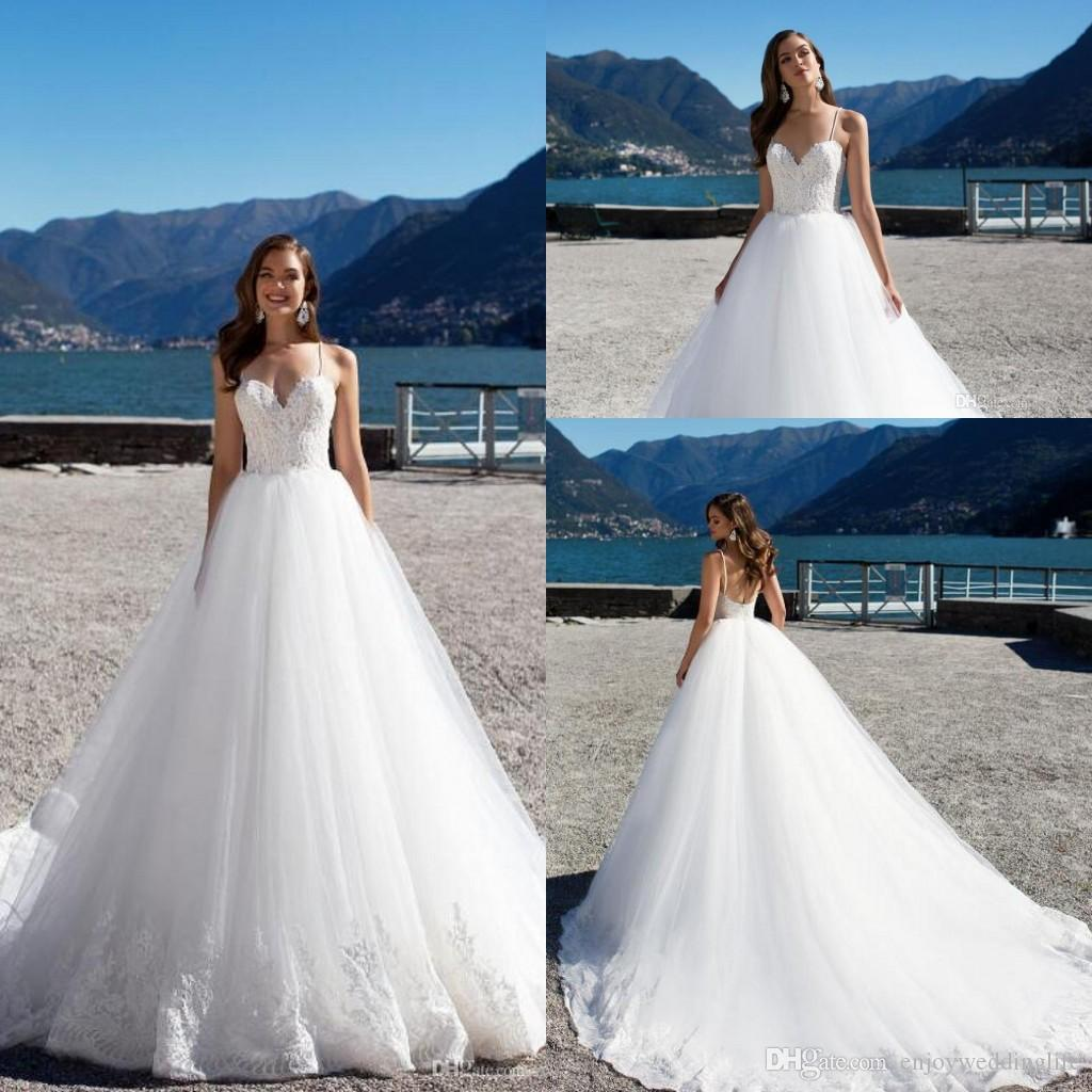 Elegant White Lace Wedding Dresses Spaghetti Straps Backless Soft Tulle Summer Beach Bohemian Bridal Gowns Cheap Wedding Gowns