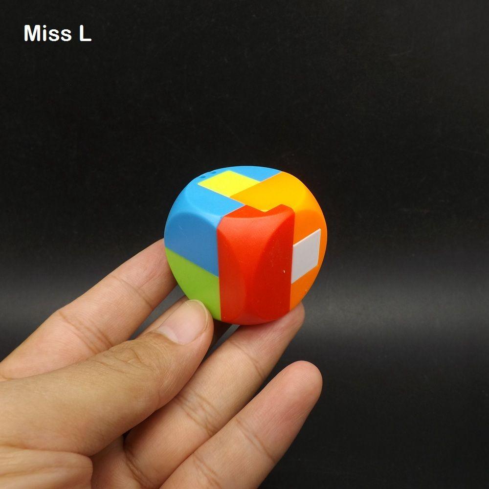 플라스틱 재미 큐브 디자인 IQ 두뇌 티저 작은 홍콩 명나라 잠금 플라스틱 모형 연동 퍼즐 장난감