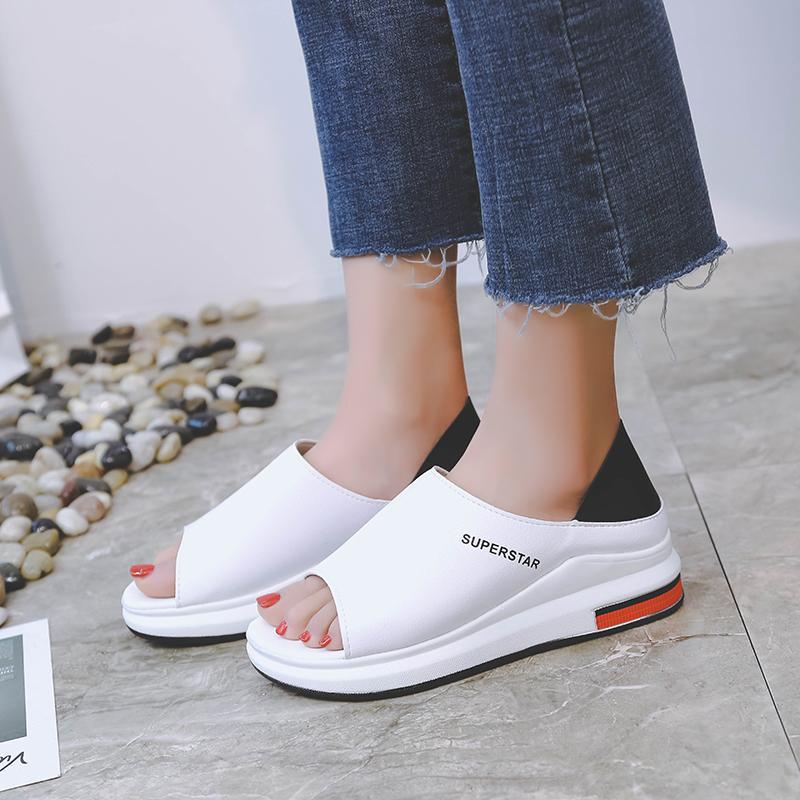 2020 New Moda Sandálias Mulheres Primavera Verão Plataforma Sandália Mulher Peep Toe Couro Praia Casual Tamanho Sandalias Mujer Além disso,
