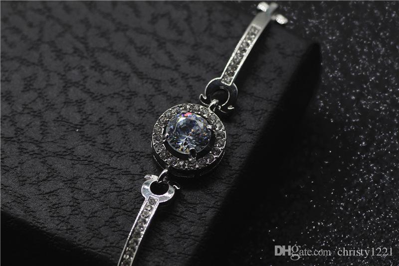 dame de mode Bracelet huit coeur huit flèche Zircon Bracelet en alliage fin Bijoux Bracelets 2019 Creative Universal pour les femmes en gros SZ67