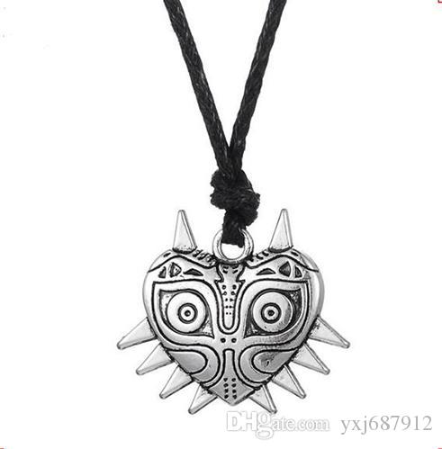 Z2 The Legend of Zelda Majoras Mask Pendant Pagan Wiccan Religious Necklace Jewelry