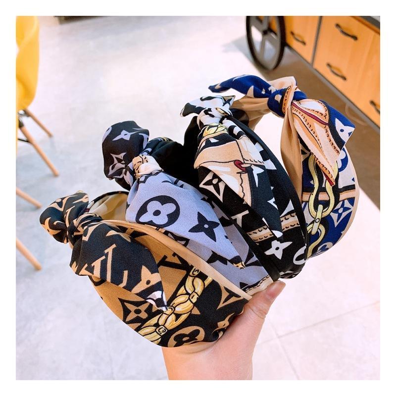 고대 방법이 바람 복원 체인 편지 작은 꽃의 bowknot는 글 한국의 사용자 정의의 역할을 행동하는 모든 걸릴 미끄럼 방지 머리띠를 만든다