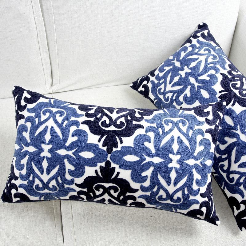 Bordado Capa de Almofada étnico floral azul Pillow capa para assento do sofá Simple Home Retângulo decorativo 30 * 50 centímetros CJ191225