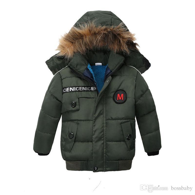 Junge Wintermantel Feste Kapuze Taschen Herbst-Winter-verdicken Mäntel Kinder beiläufige Kleidung Junge Kinder Outwear 07