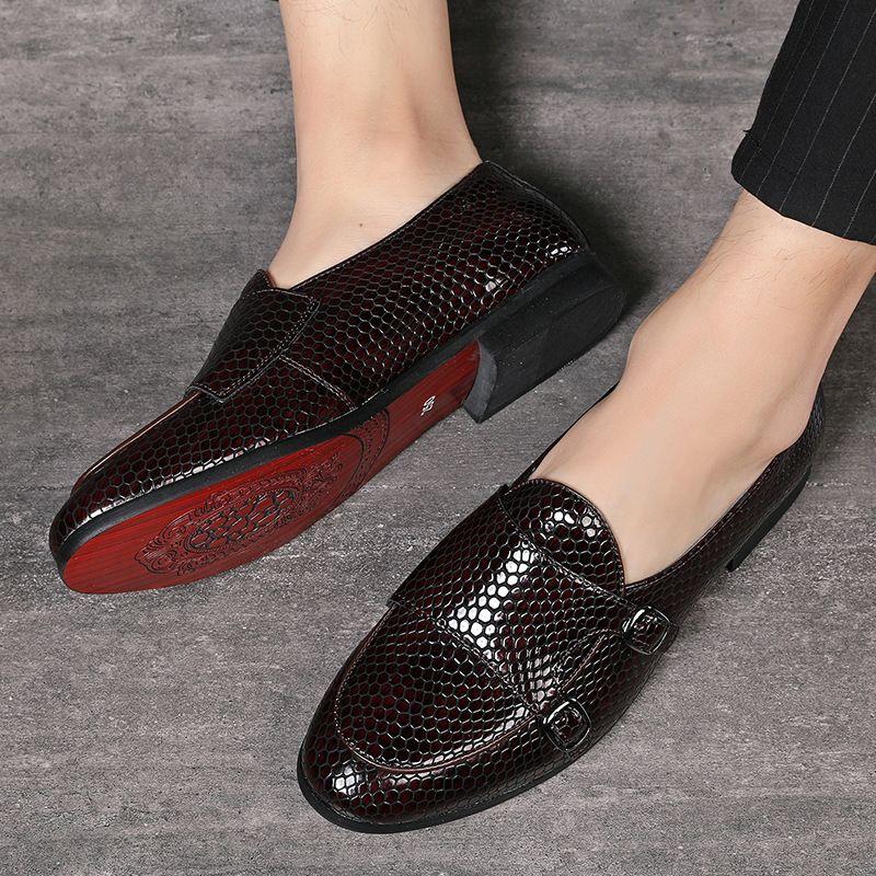 Nuevo estilo de vestir de los hombres formales de la boda zapatos de los hombres zapatos mocasines de los holgazanes de peso ligero Lazy deslizamiento del tamaño Plus 48