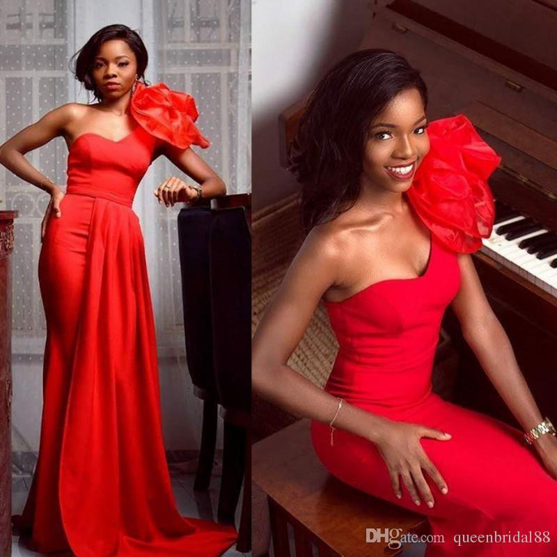 2019 Kırmızı Afrika Gelinlik Modelleri ile El Yapımı Çiçek Bir Omuz Abiye giyim Uzun Mermaid Elbiseler Akşam Giymek