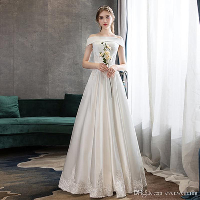Hombro un vestido de novia de línea de raso vestidos de boda 2020 Marfil Beach con apliques piso del cordón de longitud vestidos de la novia