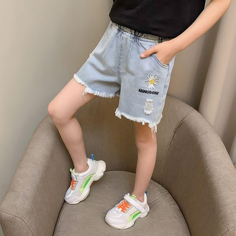 Compre Pantalones Cortos Vaqueros Rotos Los Ninos Para Adolescentes Ninas Azul Bordado De La Flor De La Margarita Pantalones Cortos De Mezclilla Ropa Adolescente De 10 A 12 Anos 13 14 A