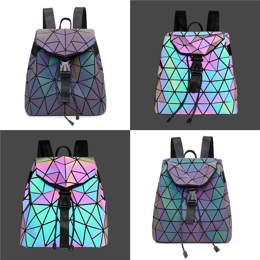 2020 Design Cuir Cuir Sac à main Coffret Cool Célèbres Marques Designers Forme Horloge Sac à dos Femme Sac Femme Messenger Sacs # 386 Mexie